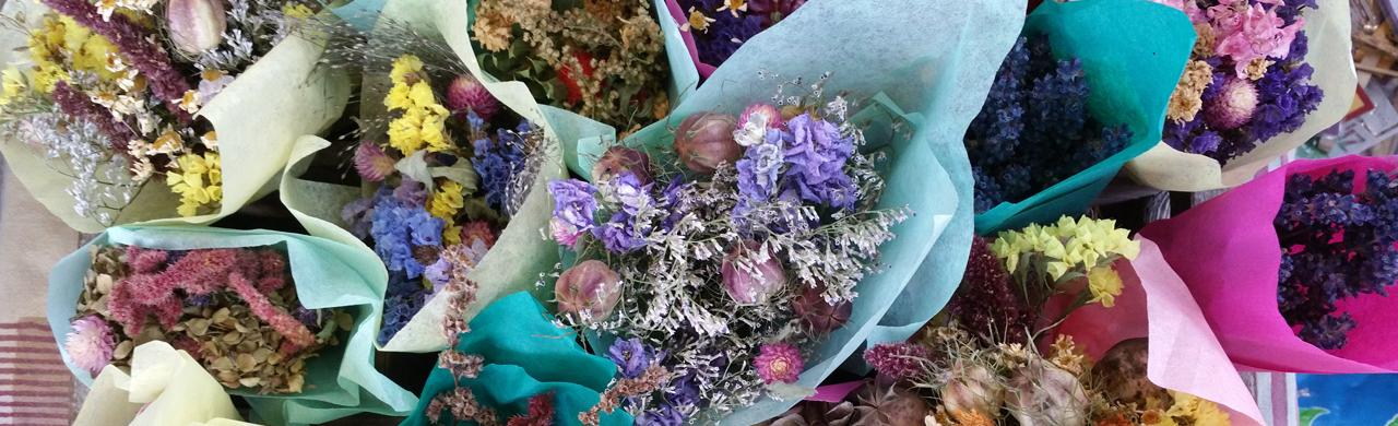 Bellingham Farmers Market dried flower bouquets